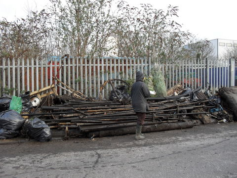 Sally-completing-the-rubbish-log